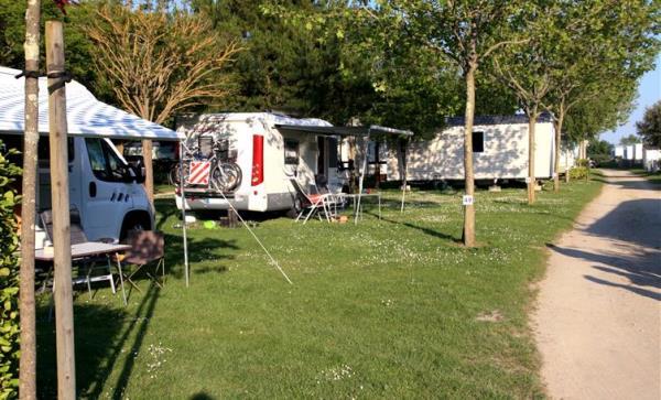 Camping La Tour, Locmariaquer
