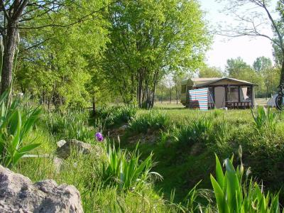 Camping De L'Arche, Lanas
